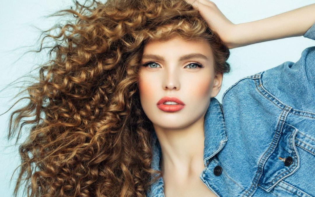 Colore capelli: come rendere i tuoi ricci sani e belli