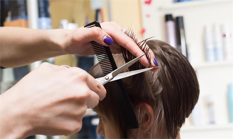 Diventare parrucchiere? Ecco i nostri consigli per apprendere la professione