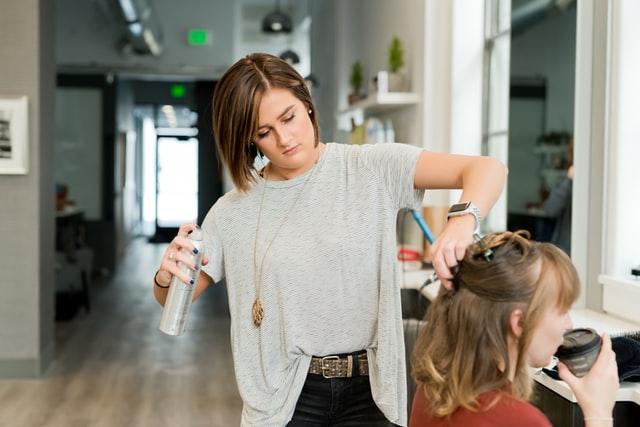 Star Like Academy: prodotti cosmetici e nuovi ritrovati. Come scegliere il meglio per i nostri capelli?